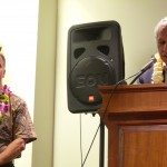 Senator Mike Gabbard gives the Above and Beyond 2013 Award to Scott Godwin, Papahanaumakuakea Marine National Monument